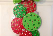 Outside Christmas Decor / Christmas decor for your porch, yard, roof and more