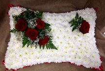 LindenTree Funerals / Creating funeral tributes is a huge responsibility and one that we take great pride in getting right. Specialising in personal, thoughtful designs, here are some examples of our previous work.