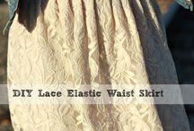 Elastic lace skirt