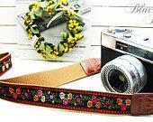 Lusikka camera strap flower tyrol / Lusikka camera strap flower tyrol