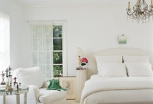 bedrooms / by Robin Geis