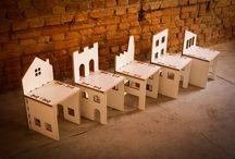 minúsculos / A minúsculos estreia na 25ª Craft Design, que será de 14 a 17/08 no Frei Caneca. A empresa desenvolve mobiliário infantil com design, são itens híbridos entre móveis utilitários e brinquedos, abrindo a criatividade das crianças para infinitas interpretações.