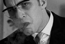 αєѕ. → ronnie kray / ❝ A paranoid schizophrenic walks into a bar ❞