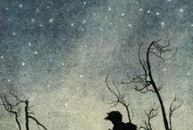 Arthur Rackham / Артур Рэкем (Arthur Rackham; 19 сентября 1867 года, Лондон, Англия — 6 сентября 1939 года, Суррей, Англия) — плодовитый английский иллюстратор, который проиллюстрировал практически всю классическую детскую литературу на английском языке («Ветер в ивах», «Алиса в Стране чудес», «Питер Пэн»), а также «Сон в летнюю ночь» Шекспира и «Песнь о Нибелунгах». Он неоднократно удостаивался золотых медалей на всемирных выставках. В 1914 г. прошла его персональная выставка в Лувре.