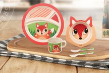 Bamboo Kids Meal-Sets / Eco-bamboo dinnerware sets for kids with our famous green Frog Friends characters.