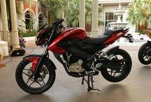Pulsar 200 NS Reviews