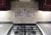 Kitchen Backsplash Ideas / Kitchen BackSplash Ideas using glass, ceramic, tumbled marble, and porcelain tiles