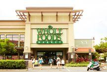Whole Foods Market Kailua / ナチュラル&オーガニック製品を中心に、こだわりのアイテムをセレクトしているスーパーマーケット。充実したデリコーナーで、お気に入りのランチボックスをつくってみましょう!