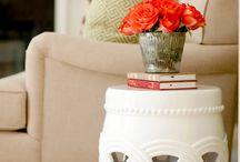Különleges asztalkák / Egy kisasztal vagy dohányzóasztal, nélkülözhetetlen eleme lehet lakásunknak, hiszen azzal, hogy elhelyezhetjük rajta apróbb tárgyainkat... kényelmünket szolgálja. :)