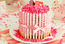 B I R T H D A Y : D E C O R A T I O N S; G I F T S / Birthday decorations and gift ideas for kids.\