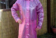 Płaszcze, peleryny przeciw deszczowe