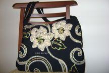 Handbags / http://nowacraft.blogspot.com/2013/11/bebek-odasi-icin-pembe-cicekli-kumas_6444.html