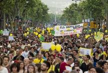 Indignados / Noticias, imágenes y vídeos del 15-M un año después / by El Periódico de Catalunya