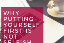 Healthy CEO Mindset & Confidence / Healthy CEO mindset and confidence to run your business.  Let's look at self care, morning routines + habit, limiting beliefs , dealing with fears, owning your desires and vision, developing a daily mindset practice and develop the ceo mindset.  Women in business, female entrepreneurs, Entrepreneur lifestyle, healthy living. Belief systems