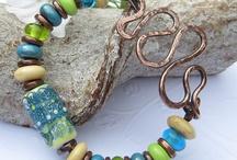 beading jewelry / by Lorena Velazco