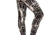 Print Leggings / High quality full length leggings with elastic waist band.