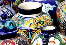 CERAMICS , PORCELAIN & GLASS : Pottery, Vase , Delftware