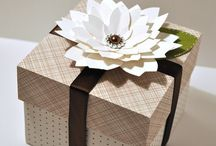 THE CUTTING CAFE - LAYERED FLOWER SET / This LAYERED FLOWER SET is perfect for making one of a kind flowers. The set comes in the following formats: PDF, WPC, MTC, AND SVG retails for $2.75