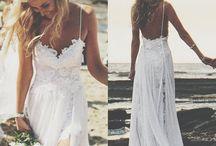 Vestidos de Casamento à Beira Mar