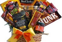 Gift Baskets: For Men / Whether it be your pal since high school or your dad, he's sure to like any of these.