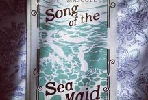 Books set at Sea / Sail away on a good story: http://bit.ly/2cYuYnk