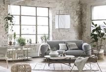 living room / by Tor Sittichai