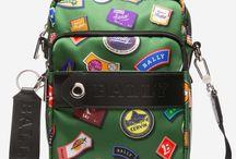 motxilles,bosses amb carteres