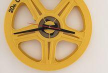 Cinema Clock / Ponoć na dobrym filmie nie czujemy upływu czasu,  na pewno też dzięki mnie szpule użyte do produkcji zegarów Cinema Clock też tego upływu nie poczują, jestem takim trochę podróżnikiem w czasie. Bo przecież część z tych szpuli pamięta Czas Apokalipsy w Kinie Moskwa, część z nich Akademie Pana kleksa w Kinie Femina, a jeszcze inne Pochodzą z kin z całej polski.