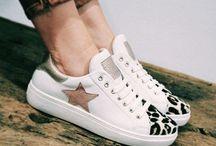 Tendance Sneakers by ChaussuresOnline / Retrouvez ici nos plus belles sneakers ! À shopper sur www.chaussuresonline.com