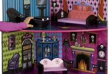 MH Dollhouse - Upcycle project