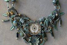 inside jewelry / by Cheri Johnson