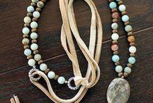 necklase,brooch,bracelet