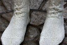 Вязание: одежки на ножки