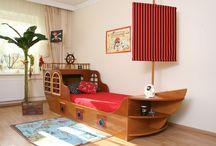 Kinderbett Piratenschiff in braun / Piratenschiffsbett - ein großer Spaß für groß und klein.