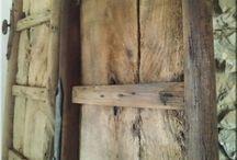 Bár bútor / Antik, industrial loft, vintage stílusú fa és vas berendezési tárgyak