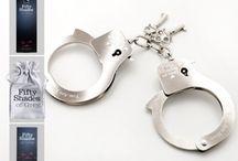 Fifty Shades of Grey - Sexshop.sk / Oficiálna kolekcia erotických pomôcok - Škrabošky, Putá, Kravata, Vibrátory, Venušine guličky, Vibračné vajíčko, Lubrikanty, Kondómy, Análne kolíky, Štipce na bradavky, Bondage...