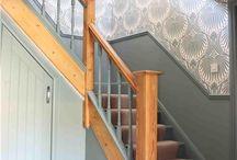 Lilla hallen och trappan