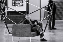 Artifact#H et #b / Artifact est une exposition qui remonte aux origines de la Biennale Internationale Design Saint-Étienne. Elle présente une sélection de projets issue de près de 500 candidatures internationales Commissariat de Noémie Bonnet-Saint-Georges.
