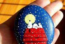 painting stones