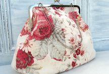 sacs et porte-monnaies avec fermoirs metalliques