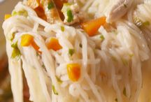 dinner recipes / Some yummy ideas for busy mama to make dinners that will last more than one day.