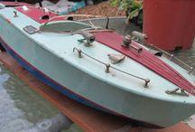 Pond Yacht Antique