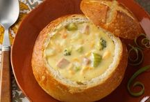Soups/Chowders / by Trisha Lee