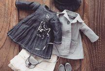 Apró ruhák