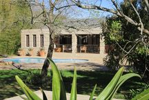 Sole Mandate - Heather Park – R2 270 000 / Heather Park – R2 270 000 Quietly positioned behind high walls, in a private garden setting. This family home is offered for sale in George's eastern suburb of Heather Park. Call: Ronél 083 627 6806.