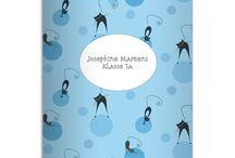 Individualisierbare Schulhefte, Notizhefte / Egal ob ihr sie Kladden oder Hefte nennt. Ob ihr Sie als Schulheft, Notizheft, Reisetagebuch oder Kassenbuch benutz - die coolsten Hefte gibt es bei Kartenkaufrausch. Individuell personalisierbar mit Namen oder Text und jetzt sogar mit Logo.