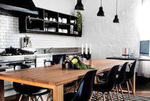 Siyah Beyaz Mutfak / Sizde mutfağınızda radikal değişiklikler yapmaktan yanaysanız siyah beyaz mutfak dekorasyon fikirleri sizinde işinize yaracaktır.