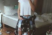 Distressed jeans outfits