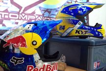 EX33 Custom Paint & Design / Custom Helmet
