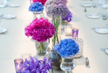 Purple + Blue Weddings / Ideas and inspiration for using the colors purple & blue together in your wedding. www.theperfectpalette.com